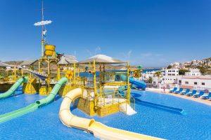 Hotel temático con parque acuático en menorca