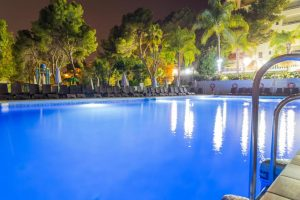 Hotel temático con toboganes en Málaga
