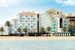 hotel temático con toboganes en Castellon