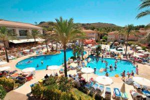 divertido hotel temático con toboganes en Mallorca